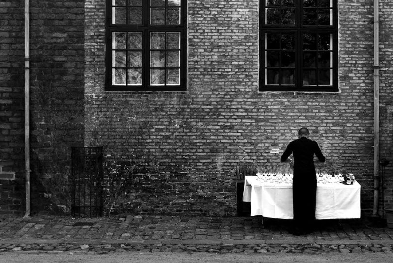 The Waiter © Knut Skjærven